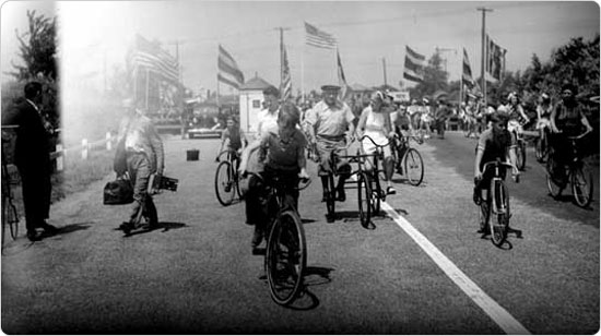 The opening of the Motor Parkway in Queens, July 9, 1938. Courtesy of Parks Photo Archive, Neg. 14572.