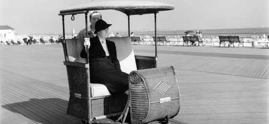 1940/09/15 Rolling Chair Concession Coney Island Boardwalk