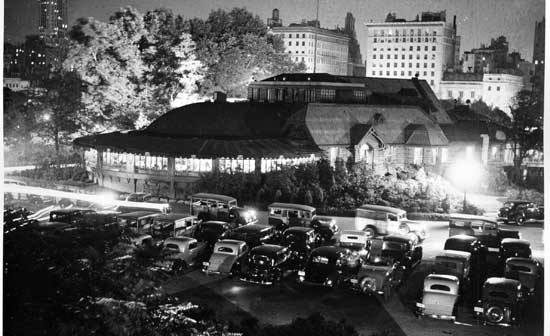 Central Park Casino, Manhattan, September 10, 1935, Alajos Schuszler/New York City Parks Photo Archive