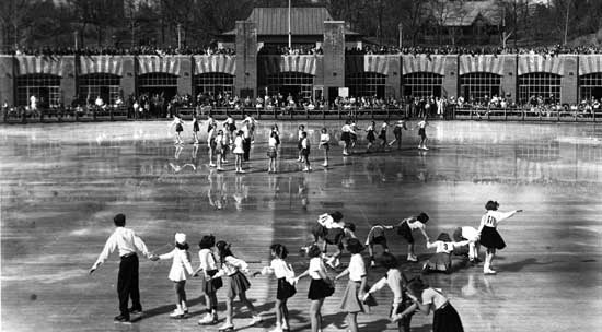 Wollman Rink, Central Park, Manhattan, December 1950, Ben Cohen/New York City Parks Photo Archive