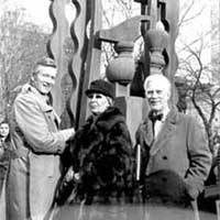 Mayor John V. Lindsay, Louise Nevelson, Parks Commissioner August Heckscher in front of Night Presence IV, 60th St. & 5th Ave, 1972