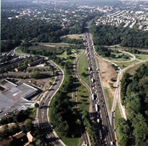 Aerial photograph of Alley Park and the Long Island Expressway High Occupancy Vechile Expansion area