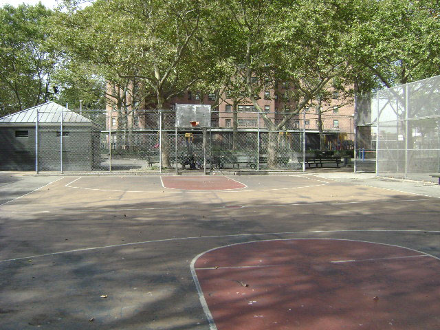 Playground 174 Outdoor Pools Nyc Parks