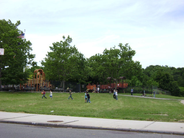 Oakland Gardens Basketball Courts Nyc Parks
