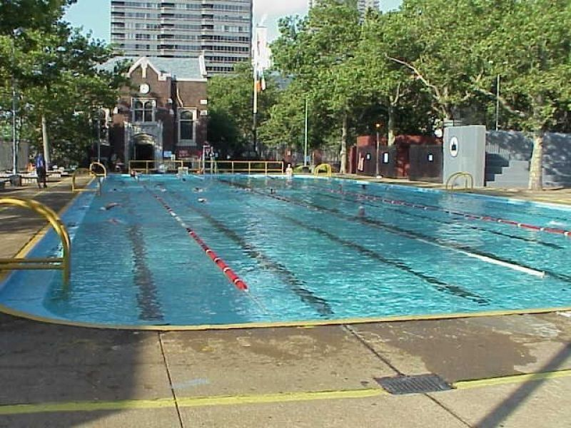 John jay park outdoor pools nyc parks for Outdoor swimming pool