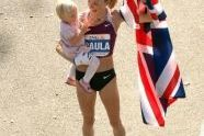 Paula Radcliffe and her daughter