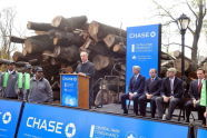 Mayor Bloomberg and other officials