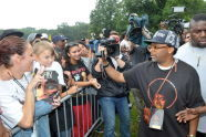 Spike Lee photographs the audience