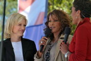 Diane Sawyer, Whitney Houston, and Robin Roberts
