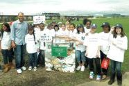 Mariano Rivera and Youth Athletes at the Randall's Island Sports Fields Ribbon Cutting