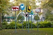 6 escaped animals (2001), street signs painted with various animals, view 2
