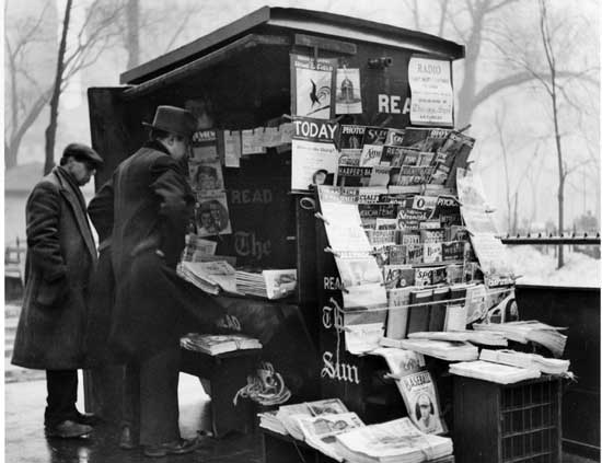 Old  Style Newsstand, Madison Square Park, Manhattan                March 3, 1934, Alajos Schuszler/New  York City Parks Photo Archive