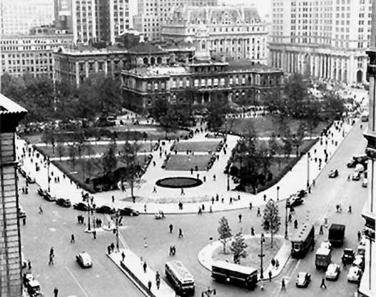 http://www.nycgovparks.org/sub_about/parks_history/photo_archive/images/cityhall_park.jpg