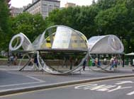 Dennis Oppenheim, Tumbling Mirages. Photo by Clare Weiss, NYC Parks.
