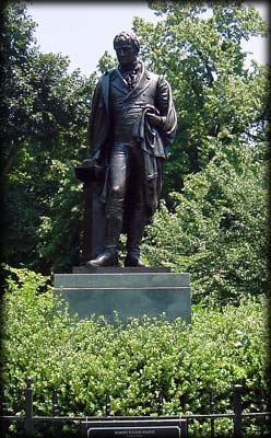 Photo of statue of Robert Fulton in Fulton Park
