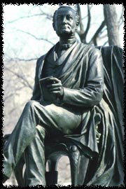 Photo of the Fitz-Greene Halleck statue in Central Park