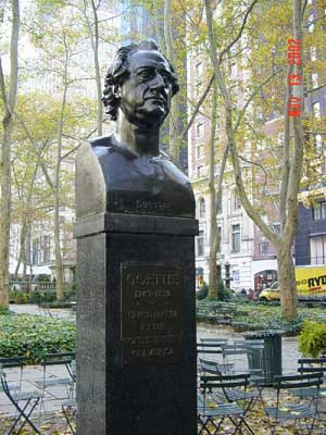 Photo of Johann von Wolfgang Goethe statue in Bryant Park