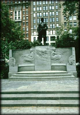 Photo of the Admiral David Glasgow Farragut Monument in Madison Square Park, Manhattan