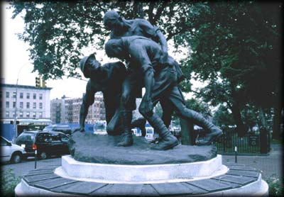 Photo of the Washington Heights-Inwood Hill War Memorial in Mitchel Square, Manhattan