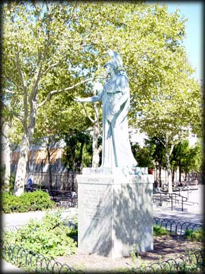 Photo of statue of Athena in Athens Square Park, Queens
