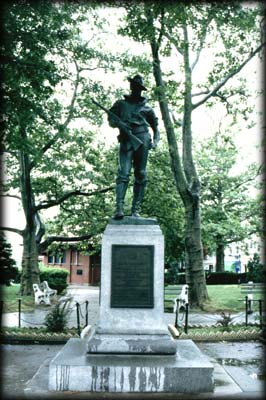 Photo of The Hiker statue in Tompkinsville Park, Staten Island