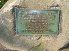 Colonial Rose Garden Tablet