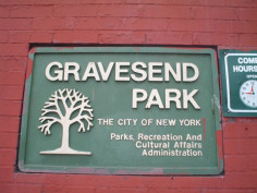 Image of Gravesend Park Plaque