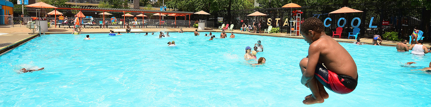Free outdoor pools nyc parks for Indoor swimming pools in brooklyn
