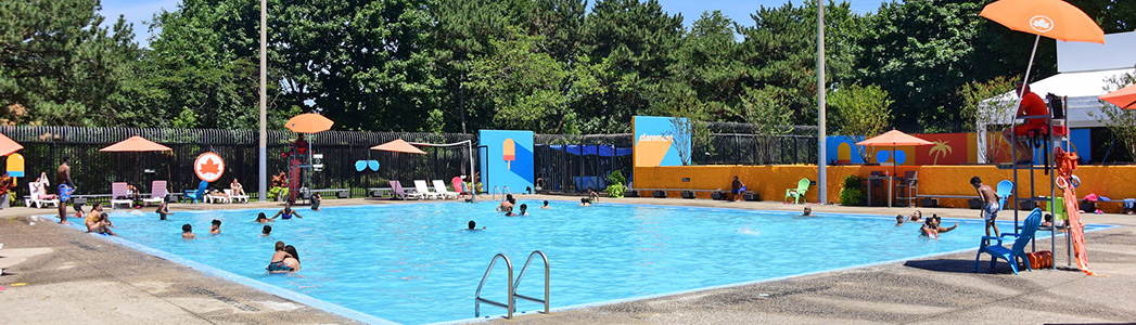 Claremont Park Outdoor Pools : NYC Parks