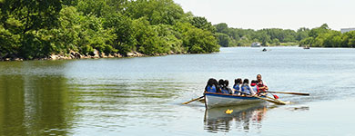 Canoeing at Hunts Point Riverside Park