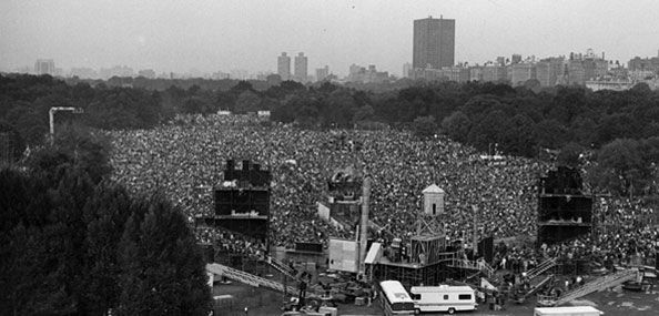 What would become a legendary 1981 performance by Simon & Garfunkel on the Great Lawn.