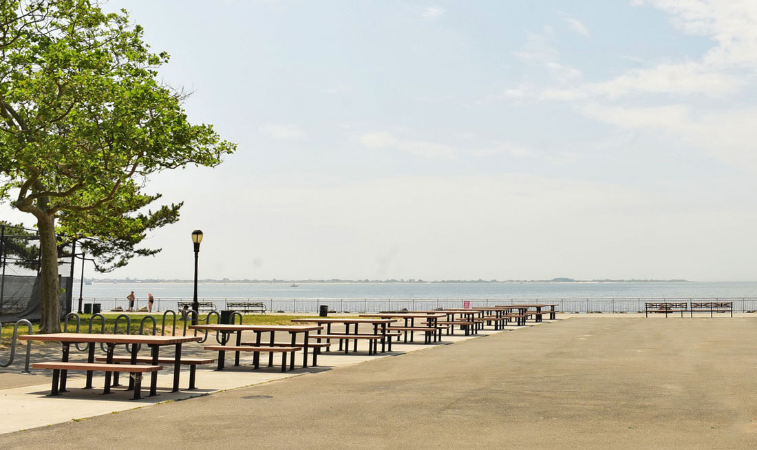 Pack lunch or fire up the grill for a picnic at the beachfront, which features sprawling views of Breezy Point across the bay.