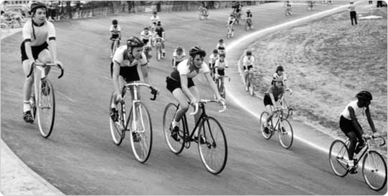 Racing on the Kissena Park Velodrome, August 1963. Source: Parks Photo Archive, Neg. 31924.