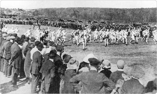 Long-distance races were popular in New York long before the birth of the New York City Marathon in 1970. This 1922 photo shows a well attended cross country run in Van Cortlandt Park. Source: 1922 Annual Report of the Department of Parks, Borough of the Bronx.