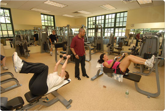 Members work toward their fitness goals at the newly opened Greenbelt Recreation Center in Staten Island, May 31, 2007. Photo by Malcolm Pinckney.