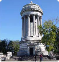 Soldiers and Sailors Monument, Manhattan, October 2003