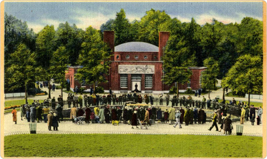 A postcard of the Prospect Park Zoo. Courtesy of the Prospect Park Archives.