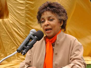 Ruby Dee, Ellison Memorial Dedication, Riverside Park, May 1, 2003
