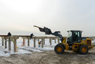 Crews rebuilding Rockaway Beach Boardwalk