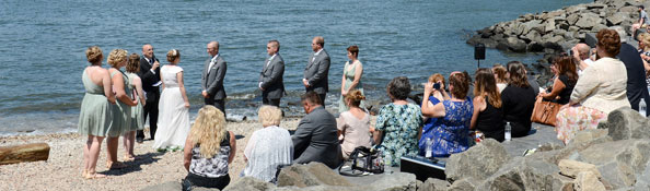 Wedding in Brooklyn Bridge Park