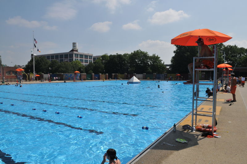 Red Hook Recreation Area Outdoor Pools Nyc Parks
