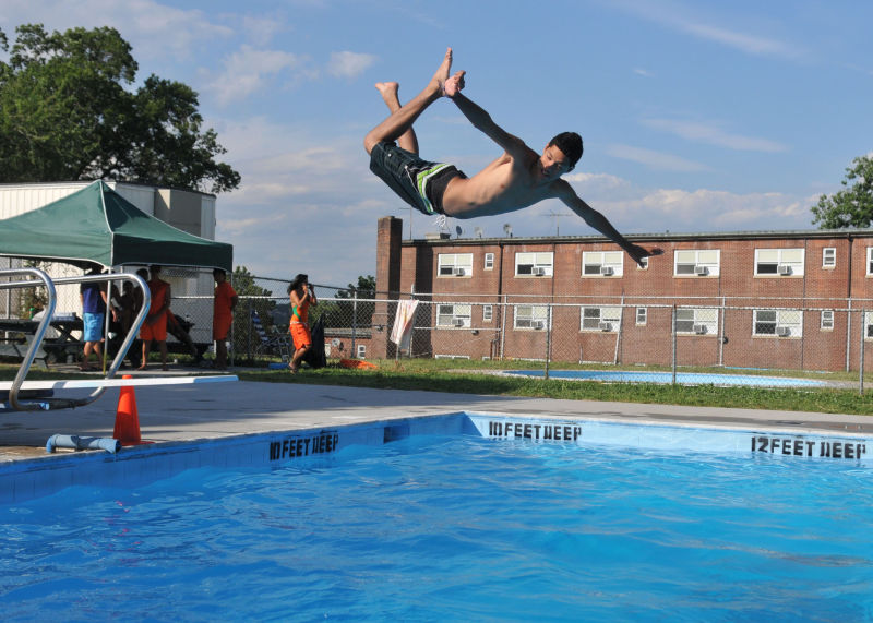 Fort totten park outdoor pools nyc parks for City of fort worth public swimming pools