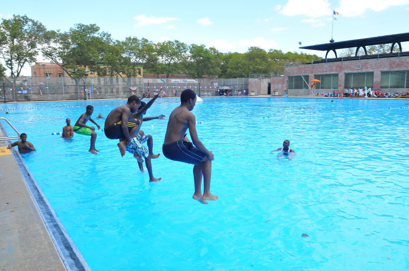 Betsy Head Park Outdoor Pools : NYC Parks