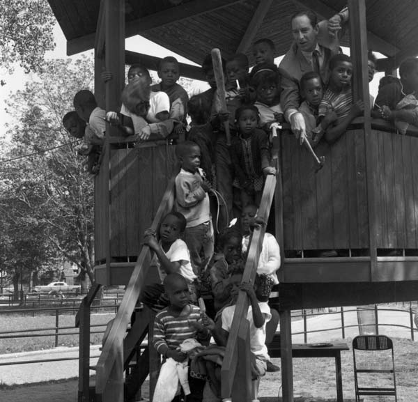 History of Playgrounds in Parks : NYC Parks