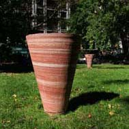 Jene Highstein, One Meter Tornado (External), 2004, quartzite
