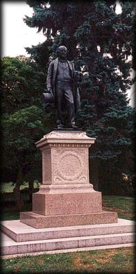 Photo of statue of James Stranahan in Grand Army Plaza, Prospect Park, Brooklyn