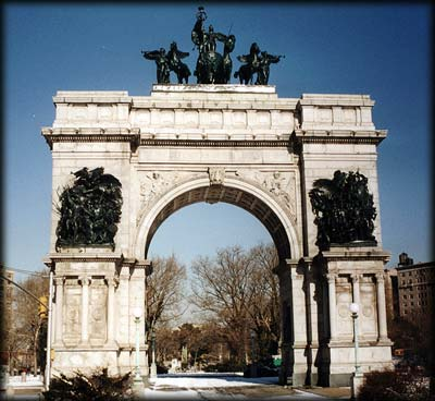 Photo of the Soldiers' and Sailors' Arch in Grand Army Plaza, Prospect Park, Brooklyn